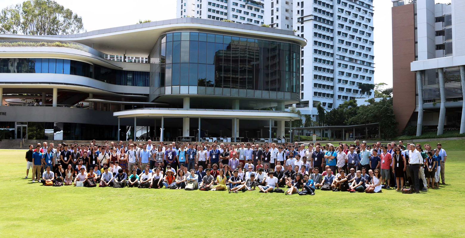 QCMC 2016 group photo at NUS UTown.