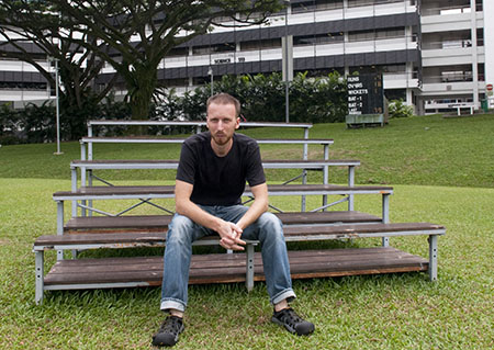 Picture of Karol Jalochowski, Outreach Fellow at the Centre for Quantum Technologies in Singapore.