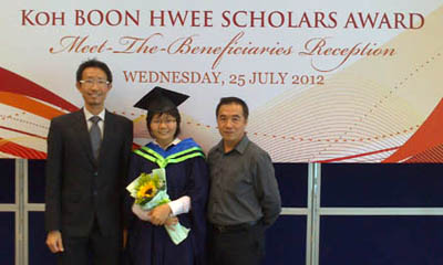 Nelly Ng Huei Ying on her graduation day.